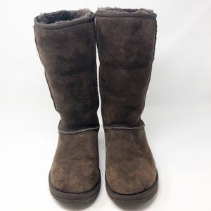 UGG CLASSIC TALL Chocolate Brown Boots-Size 7